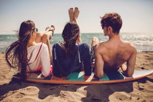 millenials at the beach